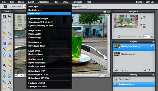 How to blur the background in Pixlr and sharpen foreground detail