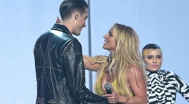 Britney Spears desmiente que G-Eazy la quiso besar