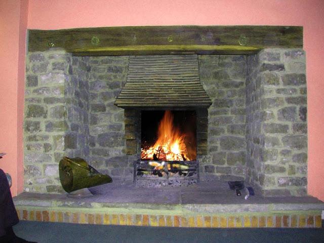 Brick Laminate Picture: Brick Inglenook Fireplace