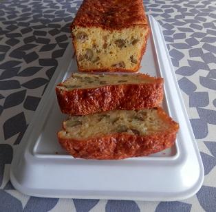 Recette de cakes aux olives vertes et noires
