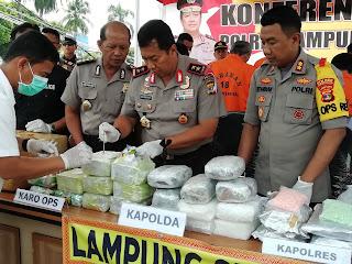 Penyelundupan 21 Kg Shabu, 40 Ribu Pil Extacy dan 22 Kg Ganja Digagalkan Polres Lamsel