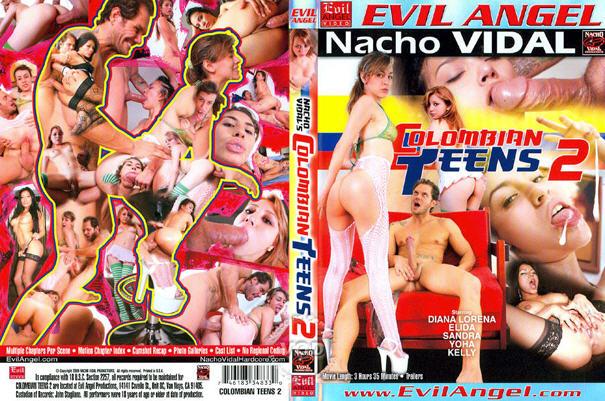 Teen Latina Elida entspannen mit Nacho Vidal