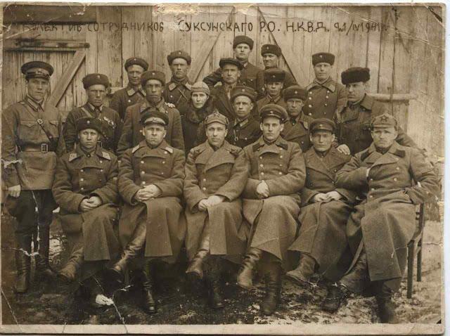 Grupo de agentes da NKVD