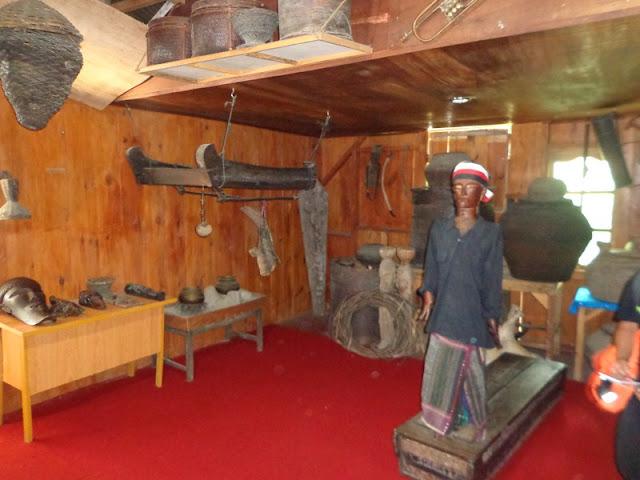Museum Tomok Medan Patung