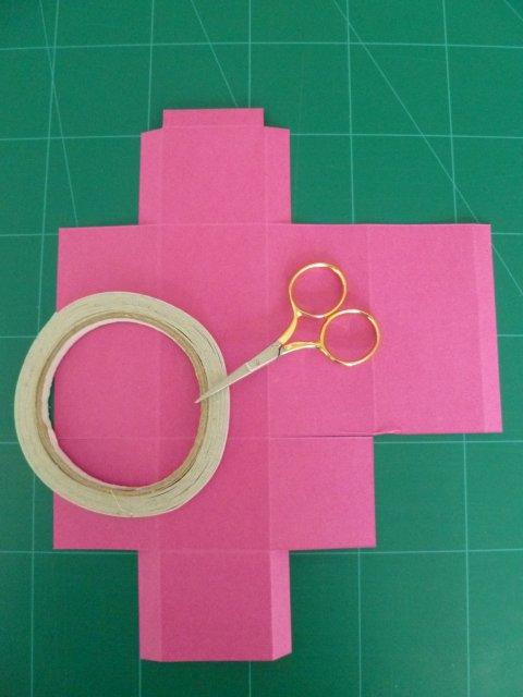 New Marly Design: doosje vouwen voor kinderen / fold paper box &OG22