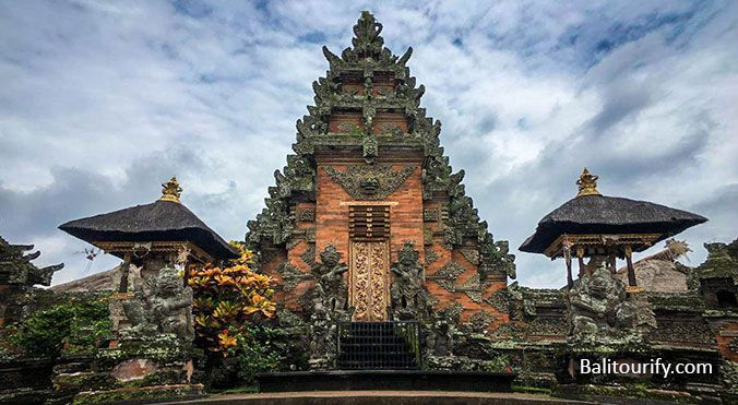 Batuan Temple, Ubud half day tour itinerary to visit best places in Ubud Bali