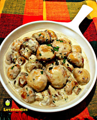 Creamy Garlic Mushrooms from Love Foodies, featured for Low-Carb Recipe Love on Fridays  on KalynsKitchen.com