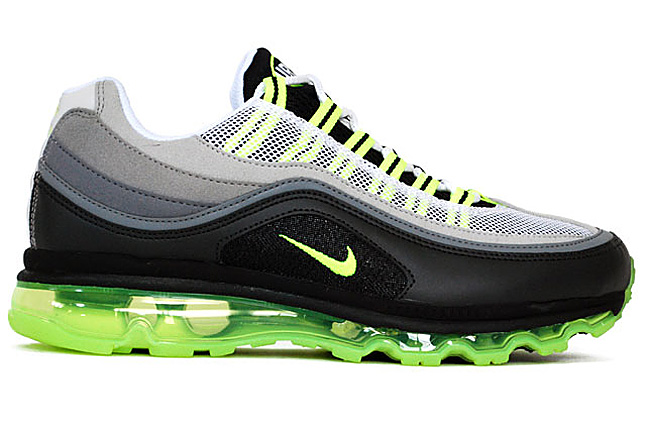 sneakers: NIKE AIR MAX 24 7 (HYBRID)