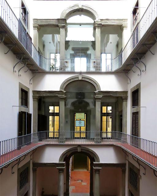 Palazzo Huigens, via Borra, Livorno