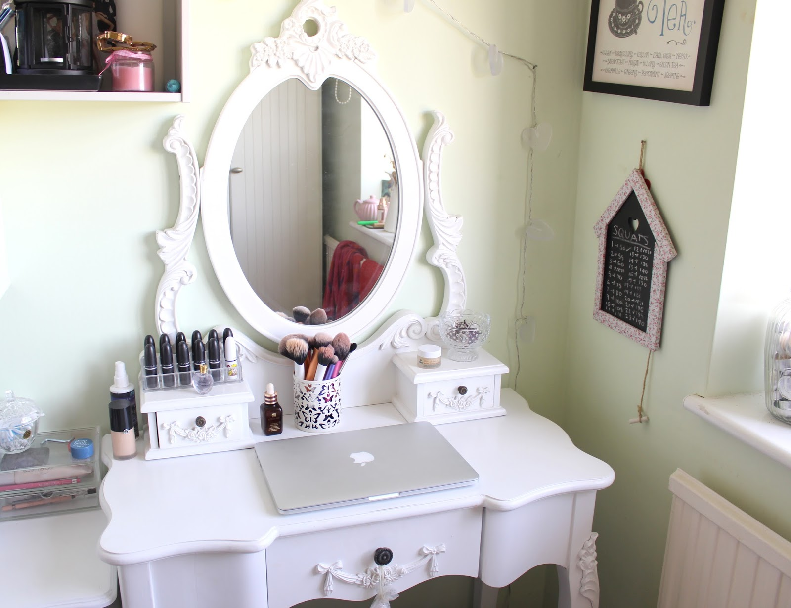 Small Vanity Dressing Table At Home My Dressing Table Little Red