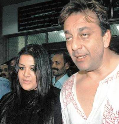 Sanjay Dutt Family Wife Son Daughter Father Mother ...