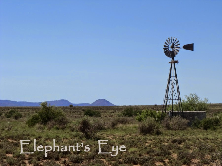 Windmill on the road to Nieu Bethesda in 2010