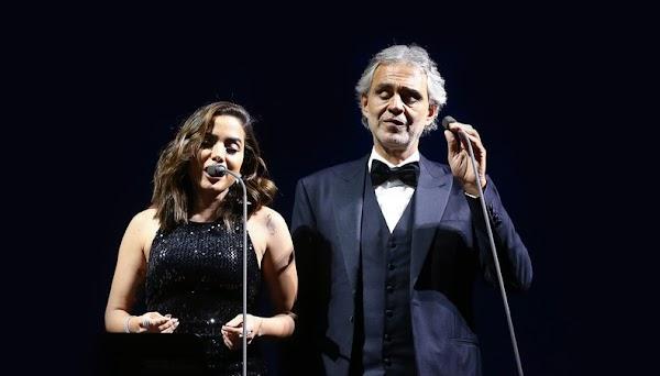 Andrea Bocelli recebe Anitta para cantarem juntos em São Paulo