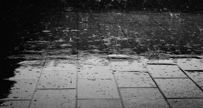 Apabila cuaca dalam keadaan yang tidak menentu Inilah 20 Tips Agar Anak Terhindar dari Penyakit Saat Musim Hujan