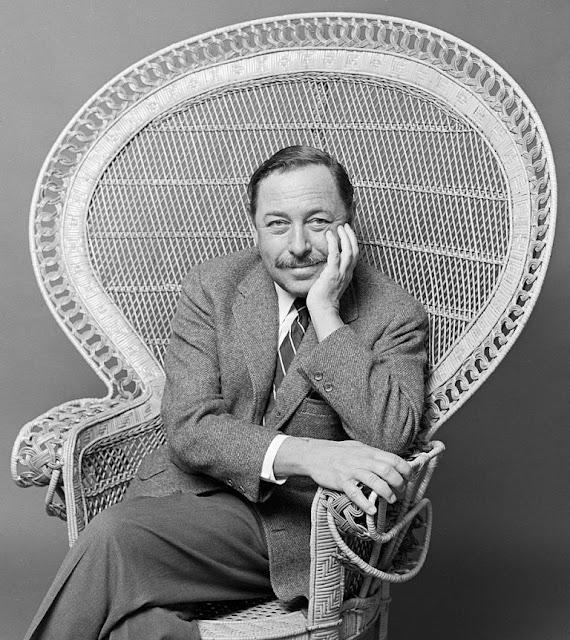 """Tennessee Williams, autor da peça """"Um Bonde Chamado Desejo"""""""