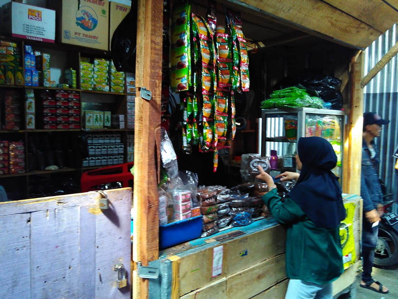 Empat Tahun Pasca Kebakaran Dua Kali Pindah Lapak Di Penampungan Pasar Induk Wonosobo