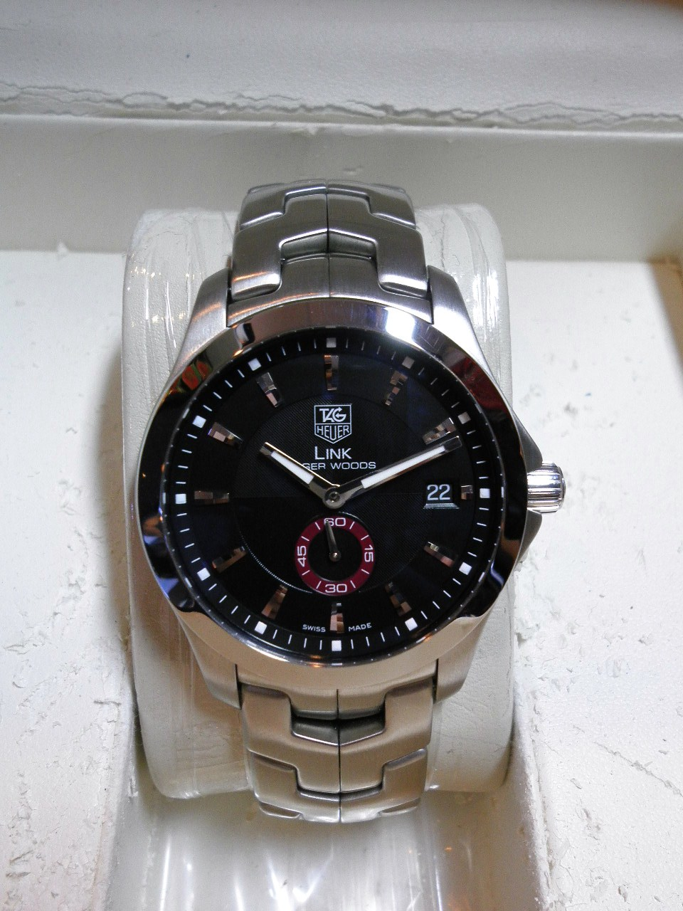 Tag heuer link tiger woods limited edition watch.