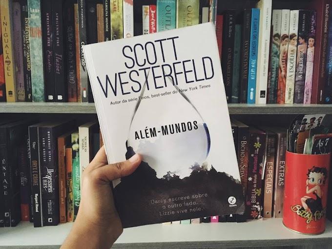 Como contar uma piada e ter que esperar três anos para alguém começar a rir, uma resenha de Além-mundos por Scott Westerfeld
