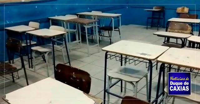 Professores de Duque de Caxias, RJ, estão sem salários enquanto prefeitura investe em escola restrita a militares