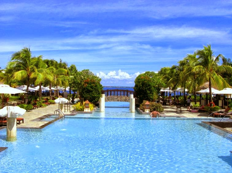 Crimson Resort And Spa 5 Star Luxury In Mactan Island Cebu