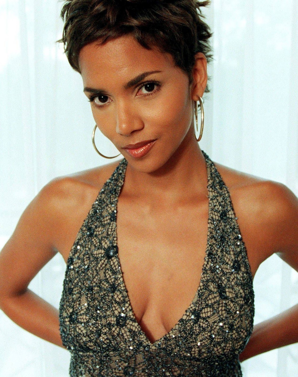 Halle Berry Hd Wallpapers , Halle Berry Hd Wallpapers New -1126
