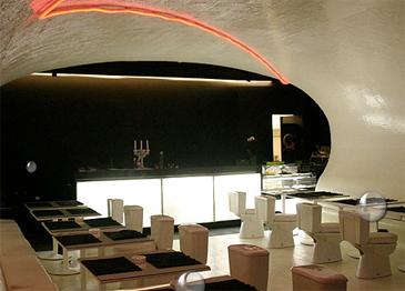 http://2.bp.blogspot.com/-3XAwSuC4wug/T4Zgt6RadiI/AAAAAAAAAlo/6NdeQuc-7uw/s1600/wduck+toilet+restaurant+porto.jpg