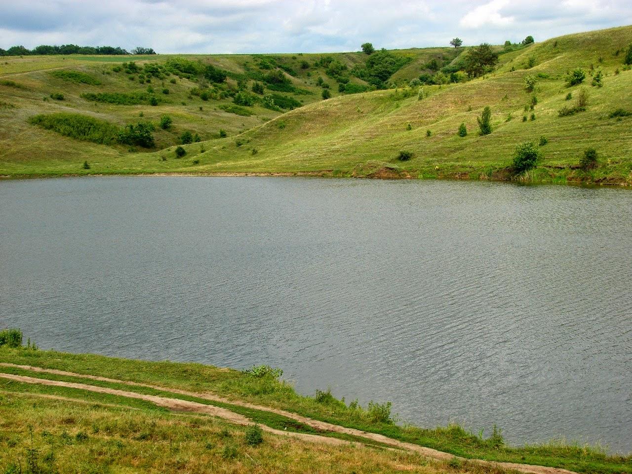 Местный пруд