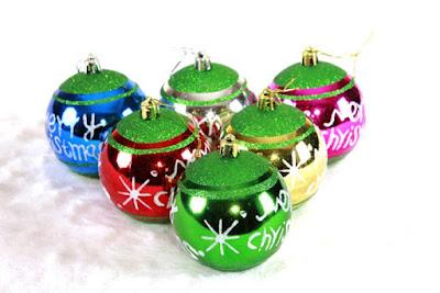 Contoh Hiasan Pohon Natal