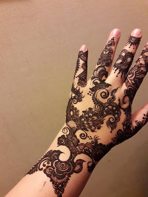 New-style-eid-mehndi-designs-for-full-hands-that-you-must-try-7