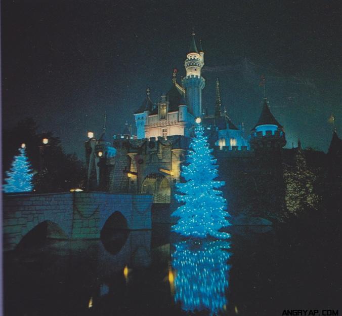 Disneyland Decorated For Christmas: Disneyland And Walt Disney World Nostalgia