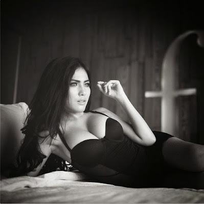 Foto-Bugil-Terbaru-Model-Cantik-Seksi-Banget