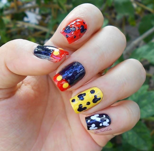 Belle Nail Art: Nail Art Mickey Mouse