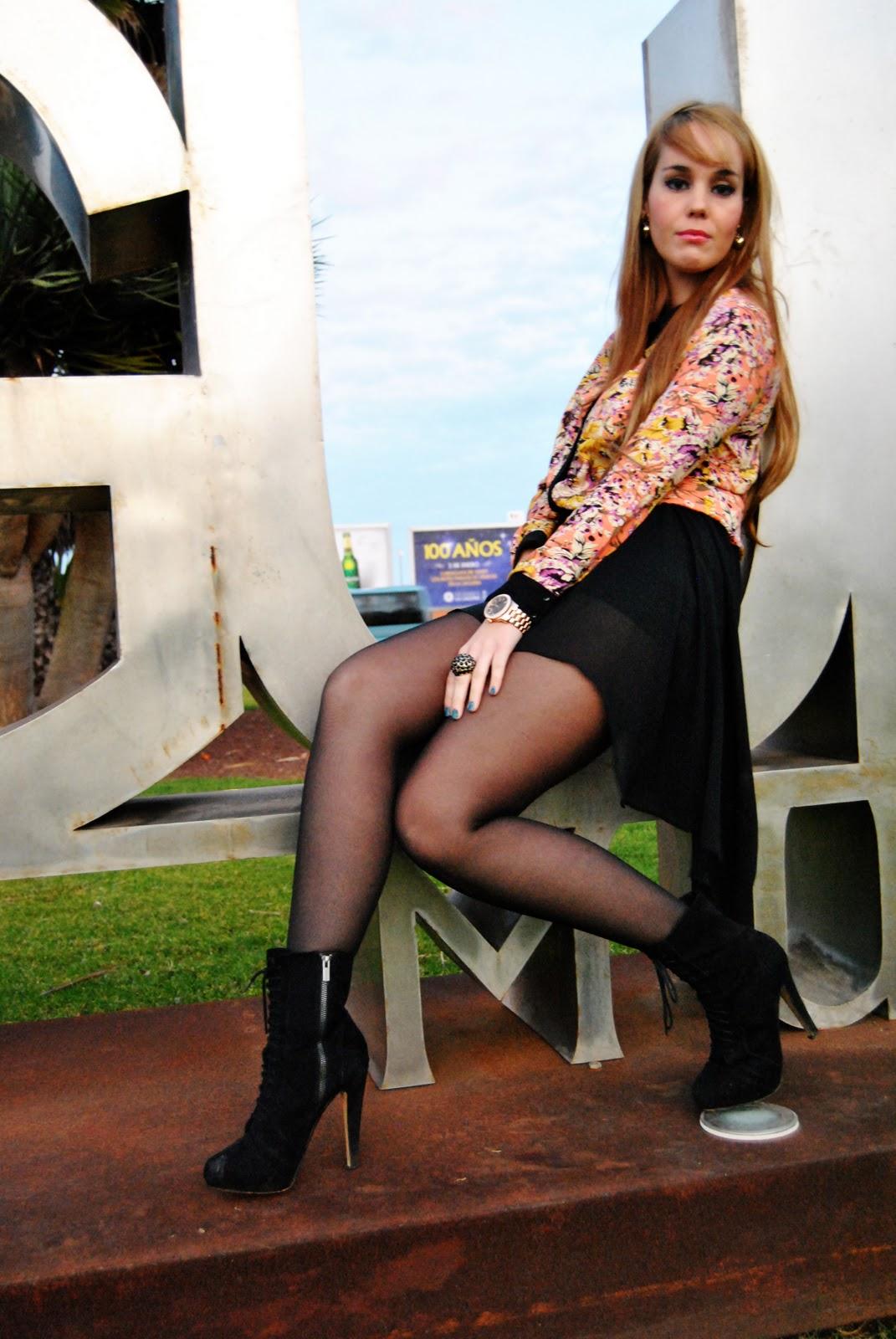 nery hdez, flowers print, asymmetric skirt