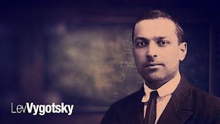 Sejarah Psikologi Perkembangan dan Konsep Sosio Kultural Lev Semonovich Vygotsky