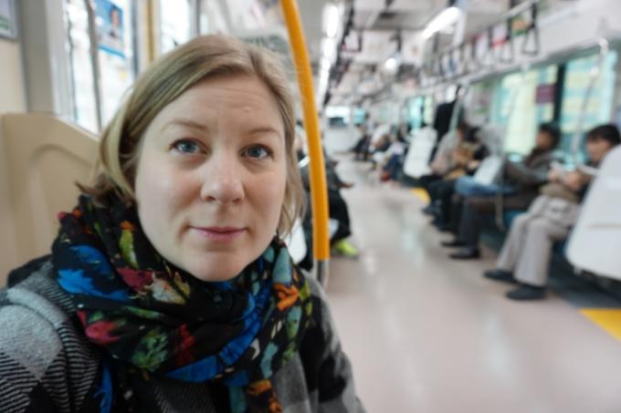 Tokion julkinen liikenne / Pocket wifi auttaa navigoinnissa