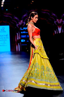 Bollywood Actress Malaika Arora Khan Walks on Ramp at LFW Summer 2017  0030.jpg