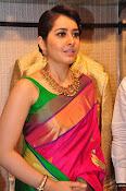 Raashi Khanna new glamorous photos-thumbnail-12