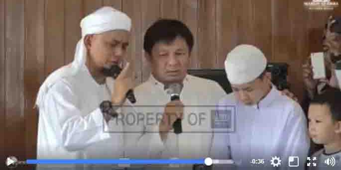Terharu, Muallaf Tionghoa Berusia 13 tahun ini Membuat Ayahnya Masuk Islam