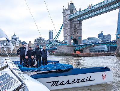 Le Multi70 Maserati de Giovanni Soldini à Londres