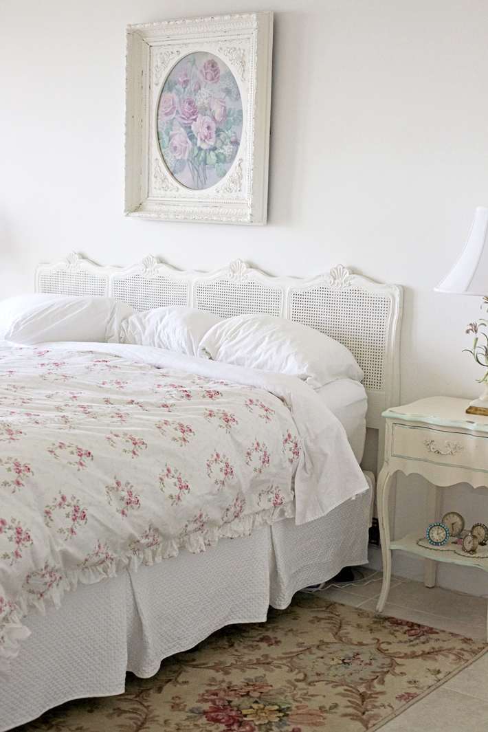 rachel-ashwell-shabby-chic-bedroom