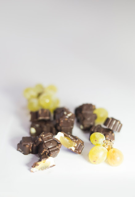 Bombones rellenos de uva