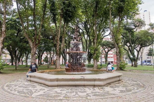 chafariz na Praça Eufrásio Correia