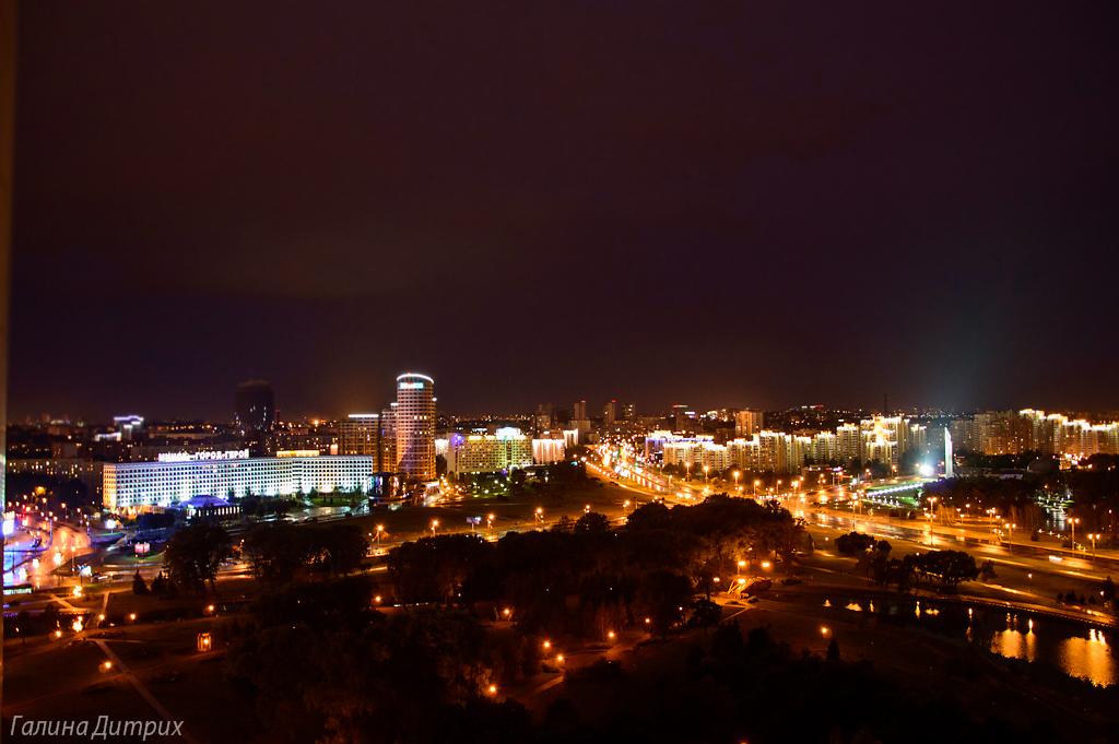 Минск ночью фото