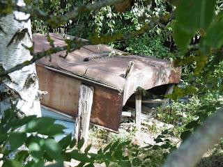 Au bord du fossé de Pont du fossé, malooka