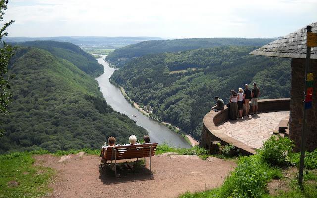 Foto Uitzichtspunt Saarschleife Cloef in Zuid-Duitsland