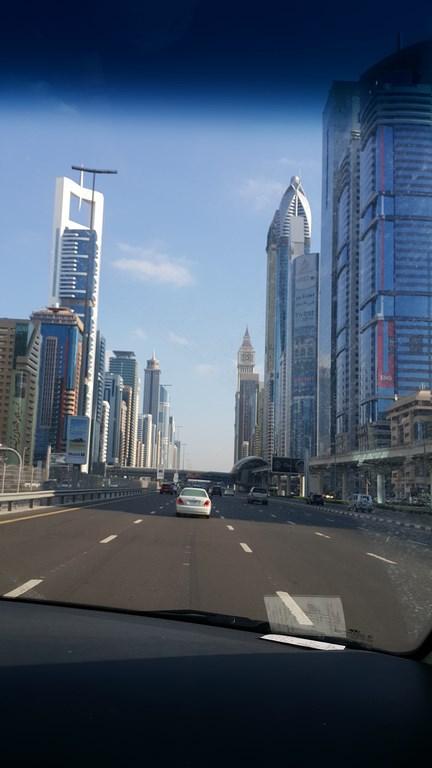 مباني وشوارع دبي