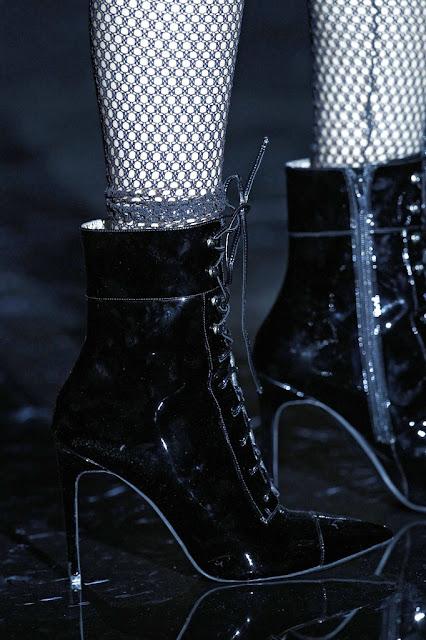 AndrésSardá-El-Mundo-a-través-de-los-zapatos-ElBlogdePatricia- otoño-invierno-2016