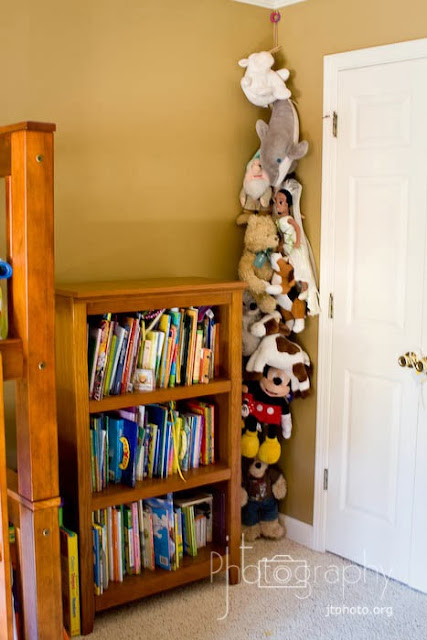 But Canu0027t You Picture Some Cute Little Stuffed Animals Chilling On Those  Shelves, Tucked Away In A Corner?? You Can Find More Ideas ...