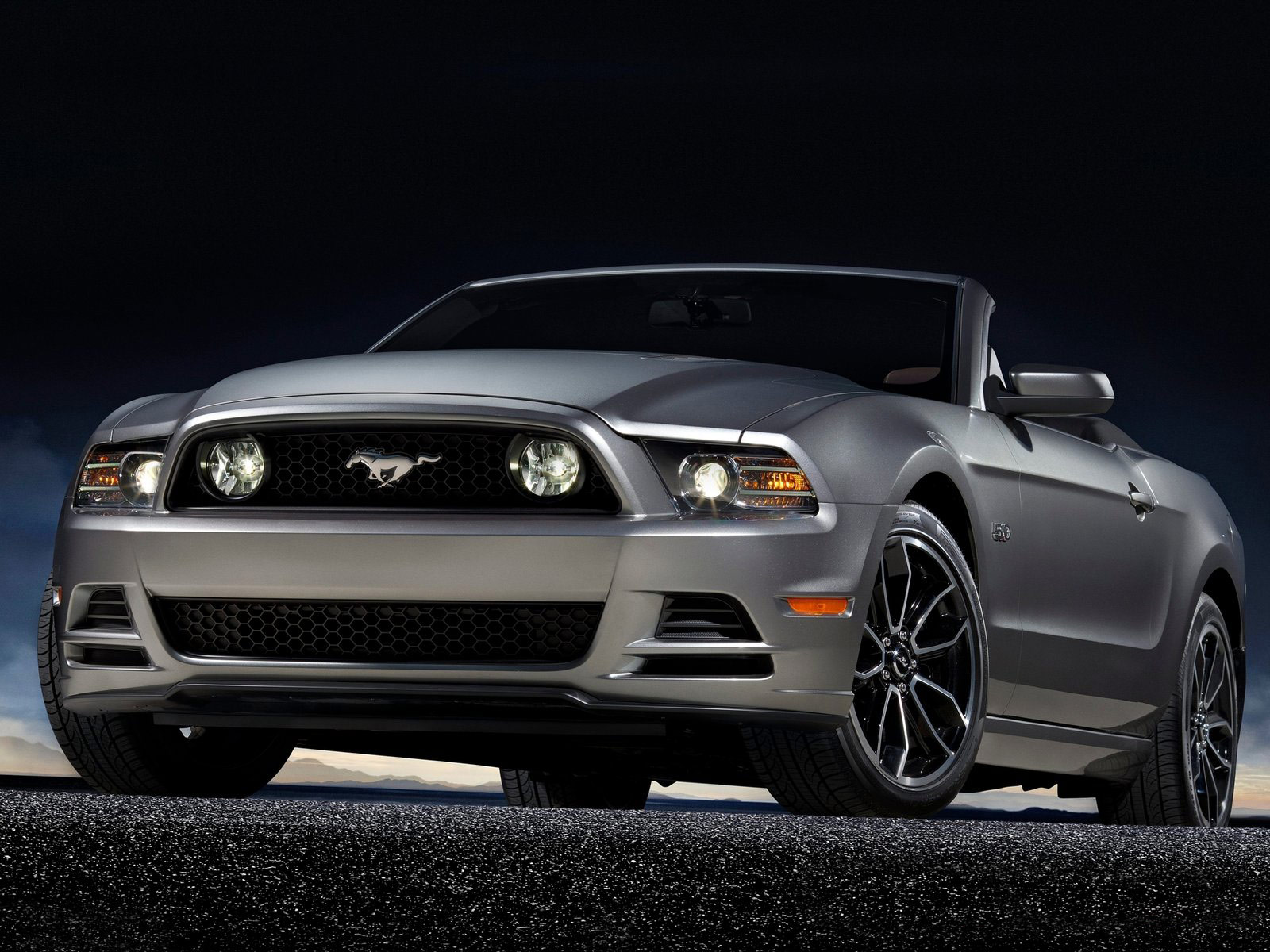 gambar mobil ford mustang gt 2013. Black Bedroom Furniture Sets. Home Design Ideas