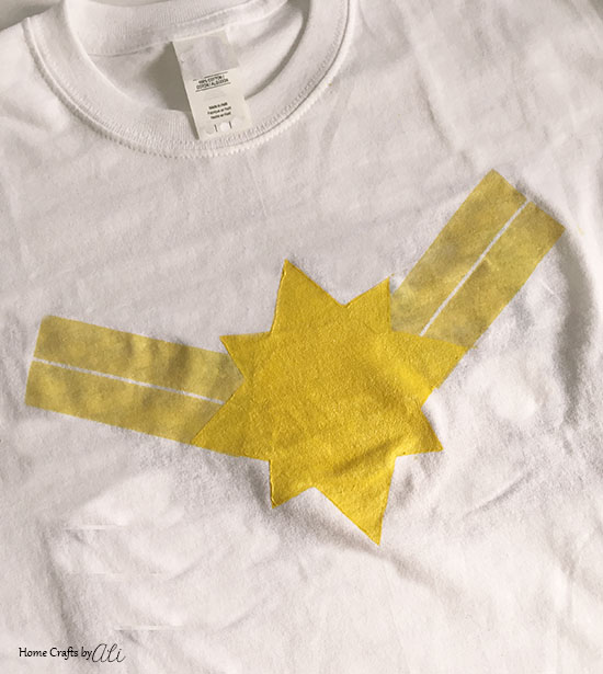 Quick and Easy Captain Marvel Logo Painted T-Shirt